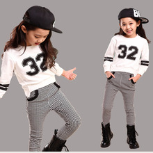 Teenage Girls Tracksuit 32 Printed Baseball Hoodies and Houndstooth Pants Spring Teens Girl Set for 3-15 Years(China (Mainland))