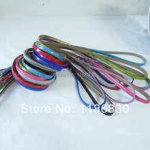 Leather dog leashes Dog Supplies luminescent materials Liang