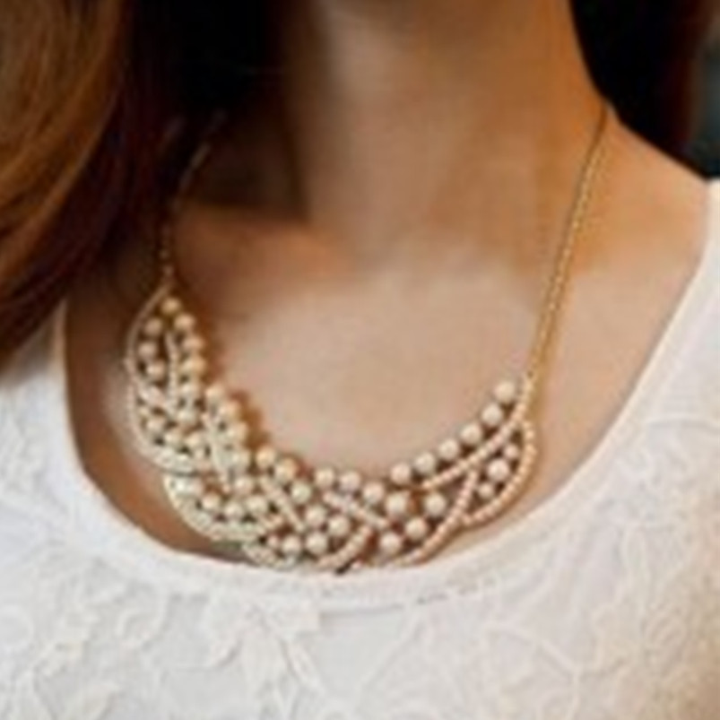 Yiwu Small Commodities Wholesale Princess OL temperament paragraph fake diamond imitation pearl collar necklace(China (Mainland))