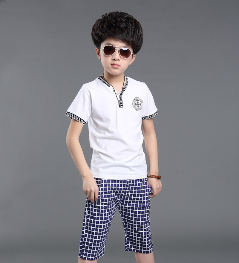 Fashion cotton children's clothing,2016 summer boys V-neck T-shirts and five pants sets,sportswear male short-sleeved two-piece(China (Mainland))