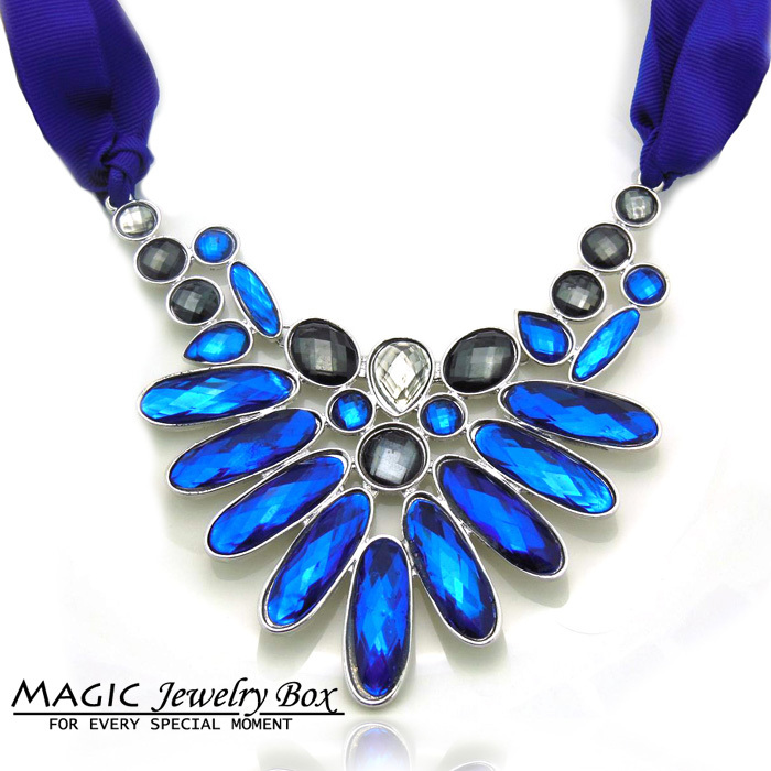 2014 New Fashion Women Hot Sale Satin Band Flower Shape Pendants Necklaces Shourouk Statement Necklaces&amp;Pendants For Women<br><br>Aliexpress