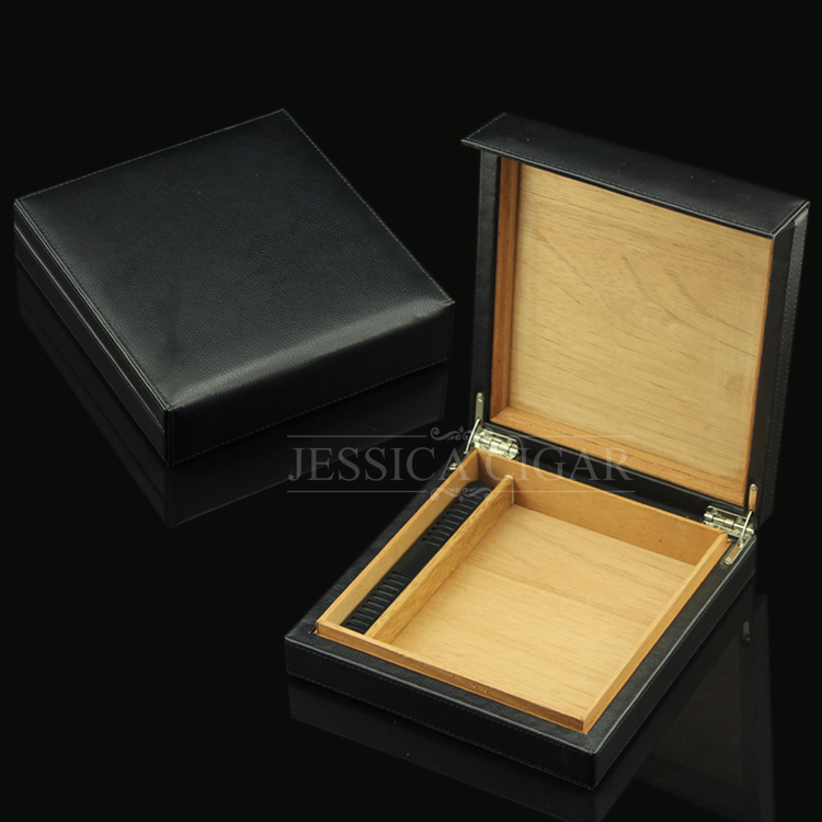 Mini Travel Portable Leather Cigar Humidor Black Cigarette Storage Box w/ Magnetic Closure w/ Humidifier Office & Travelling Use(China (Mainland))