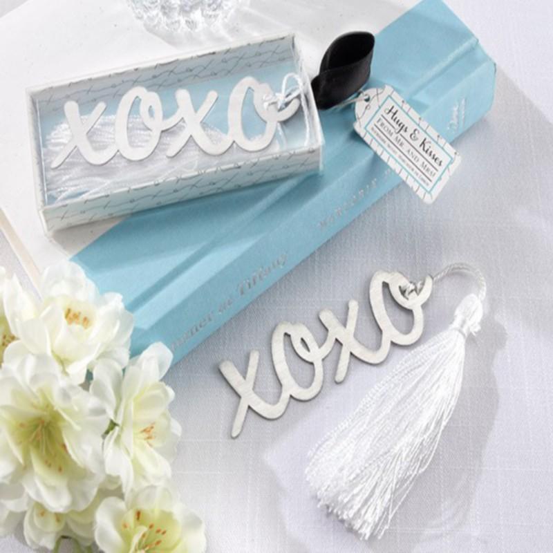 "Здесь можно купить  100pcs/Lot+""Hugs & Kisses"" Silver-Finish Bookmark with Elegant White-Silk Tassel X O Metal Bookmark Wedding Favors+FREE SHIPPING  Дом и Сад"