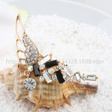 Summer Discount Fashion Angle Pins For Women Wedding and Party Dresses,Ladies Rhinestone Brooch,Women Wedding Brooch Wholesale(China (Mainland))