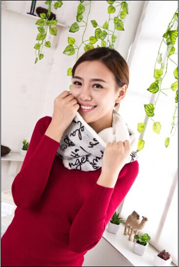 1 pcs 2014 new Many design women plush scarves Autumn and winter to keep warm 2 circle scarves flannel free shipping(China (Mainland))