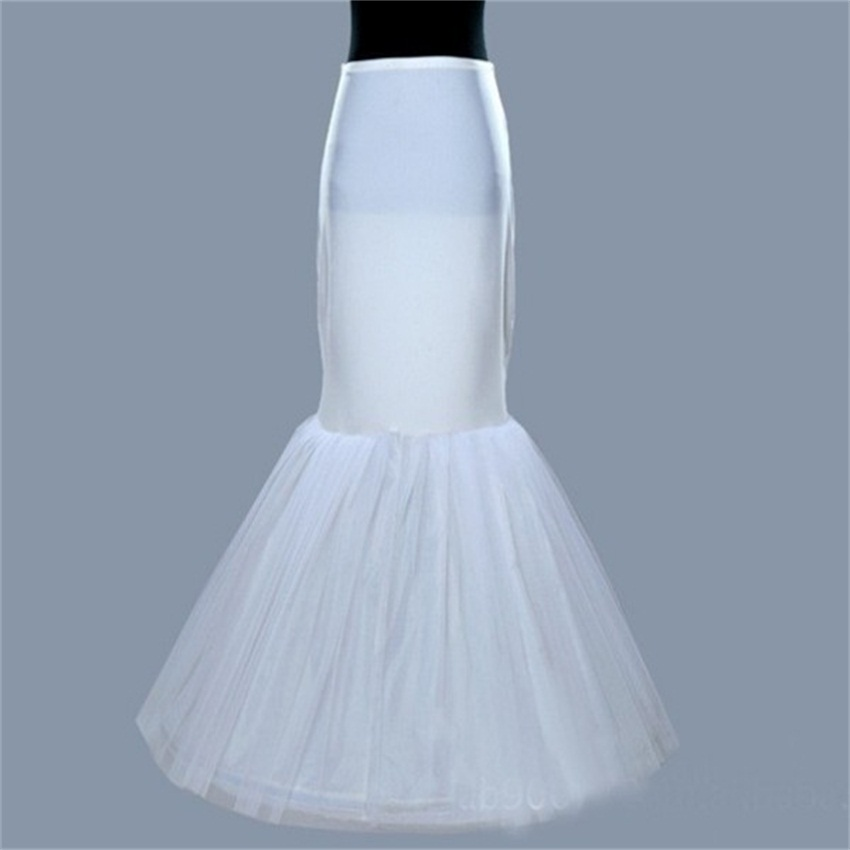 Tulle white petticoat for mermaid wedding dresses for Tulle petticoat for wedding dress
