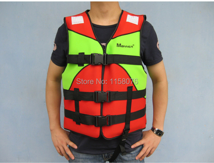 Manner new lifejackets / buoyancy clothing / thick neoprene / inflatable boat / rubber kayak / specially equipped(China (Mainland))