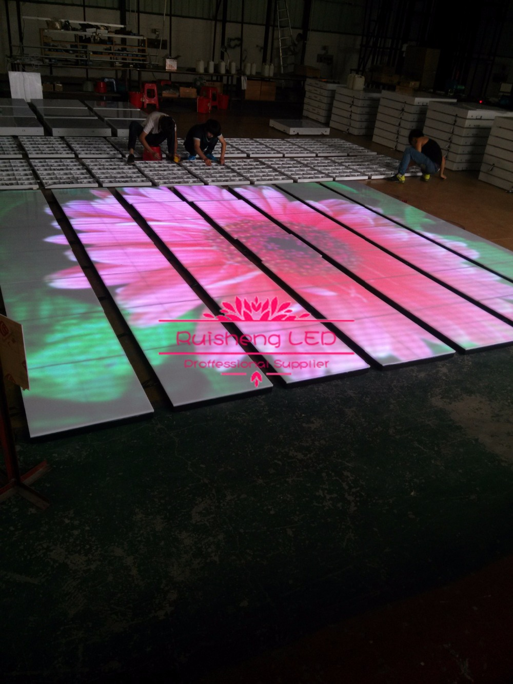 30 PCS/Lot (11.16 SQM) IP65 P10 Waterproof LED Video Dance Floor LED Floor Display Toughed Glass/Acrylic Cover 610*610*64(MM)/PC(China (Mainland))