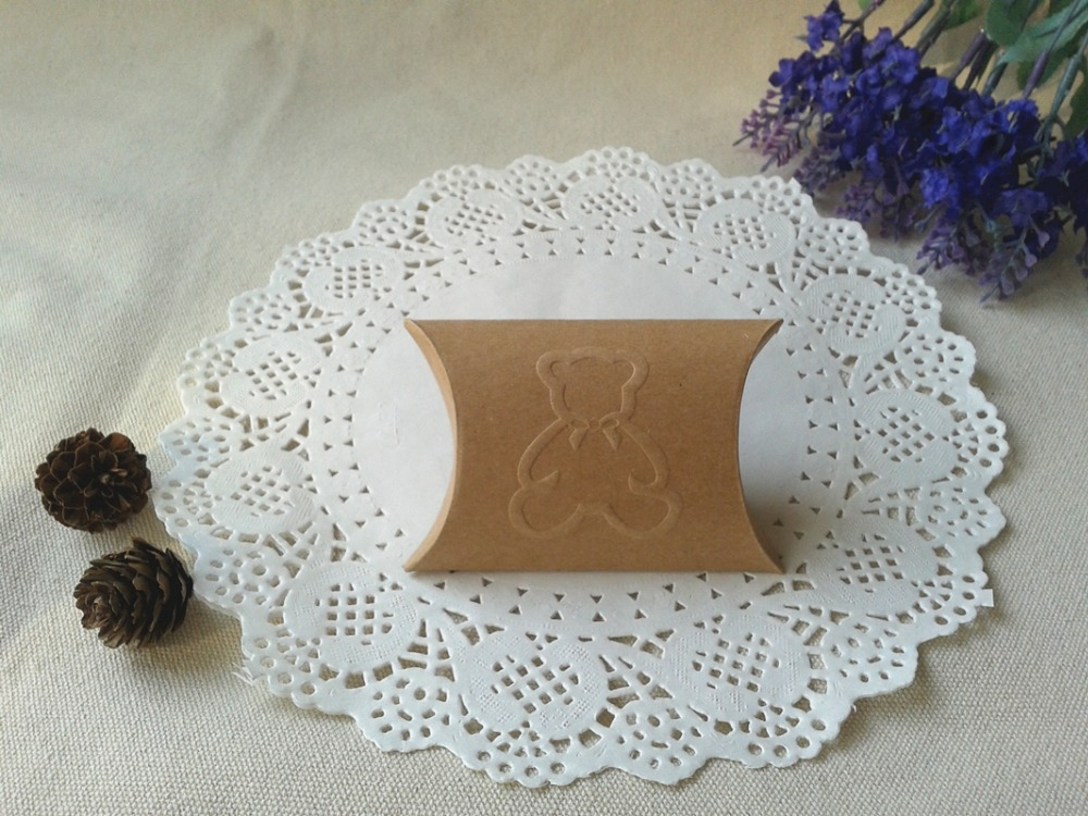 """Free Shipping 200pcs Small Wedding Gift Box Baby Shower Party Favor Boxes Kraft Pillow Box Embossed Bear 8.5x6.5cm(3.3""""x2.6"""")(China (Mainland))"""