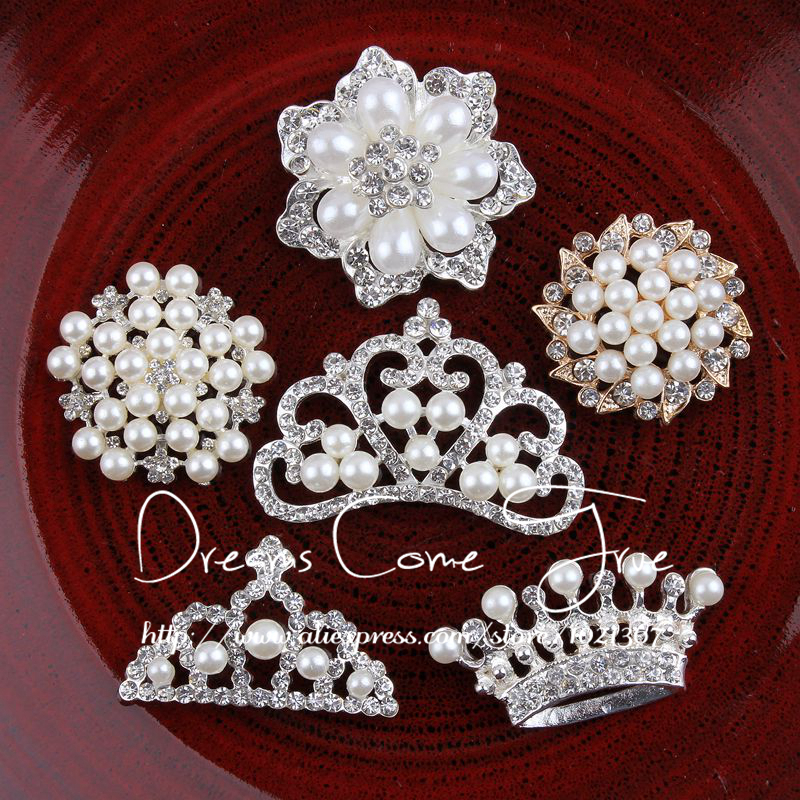 200pcs lot 6Styles Handmade Metal Rhinestone Pearl Buttons For Wedding Crystal Flatback Crown Tiara For