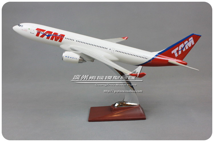 40cm Resin Air Brazil TAM Airlines Plane Model Airbus A330 200 Airways Airplane Model Collection Diecast Toy(China (Mainland))