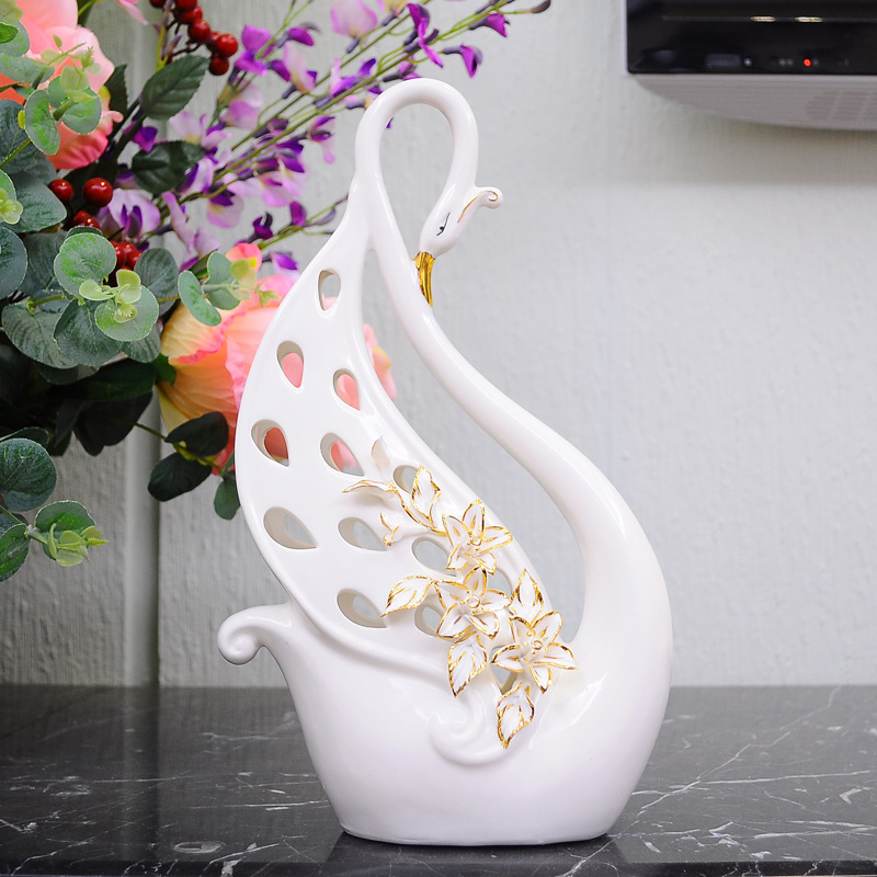 Luxury peacock ceramic artwork home furniture house for Room decoration gifts
