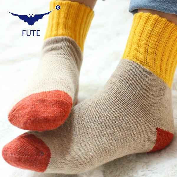 FUTE 2014 Winter socks cashmere women's socks thermal thicken winter socks towel hemming warm wool women socks 5pas/lot(China (Mainland))