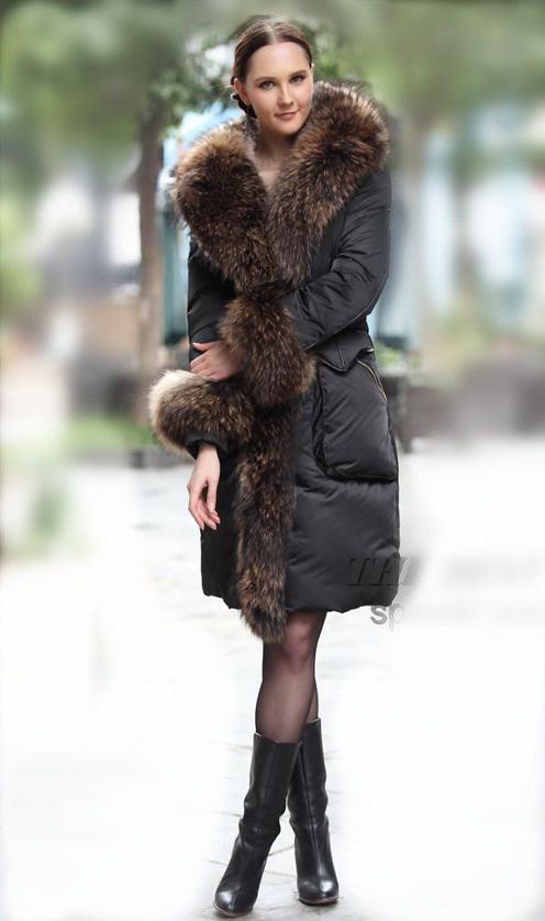 raccoon fur collar thickened in the long section of large fur collar velvet garment female hooded goose down jacket content 90%(China (Mainland))