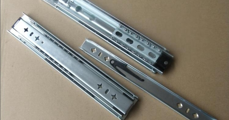 Direct 5253 Tiegui heavy side-mounted tool cabinet drawer slides three rail Showcase heavy ball rail(China (Mainland))
