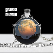 Under the dome handmade mens Full Moon Necklace 1pcs/lot bronze or silver Glass Pendant jewelry no air hot womens vintage 2017(China (Mainland))