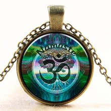 2016 Newest Style Casual Yoga OM Pendant Necklace Fashion Round Ethnic Silver Plated Colorful Murano Slass