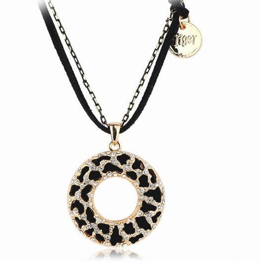 Гаджет  N172   Bohemian long black hollow out zebra circle flowers double chain necklace sweater chain B3.9 None Ювелирные изделия и часы