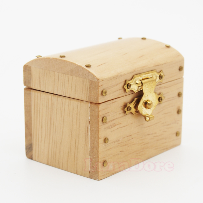 1 12 Miniature Furniture Treasure Chest Brown Vintage Wooden Case With Lock Box Dollhouse