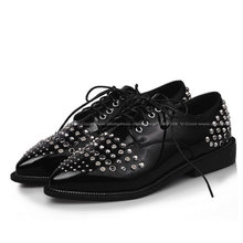 2015 Plus U.S. Size 15.5 EUR 48 Women Pointed Oxfords Vintage Rivets Oxford Shoes for Women Patent PU Flats Casual Footwear(China (Mainland))