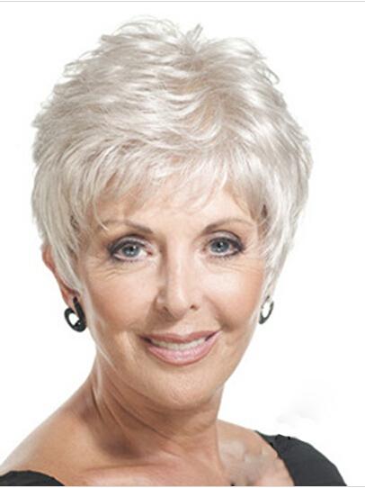 16 Best short hairstyles for mature women  VKOOL