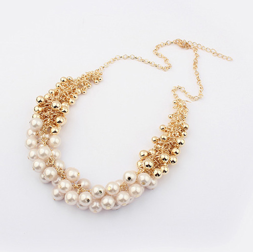 2014 Pendant Necklace Chokers Necklaces Women Plant Jewelry Wholesale Korean Version of The Retro Beauty Palace Necklace New Hot(China (Mainland))