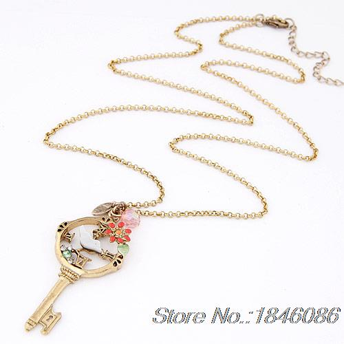 Retro magpie European fashion key long necklace sweater chain - Happy home shopping center store