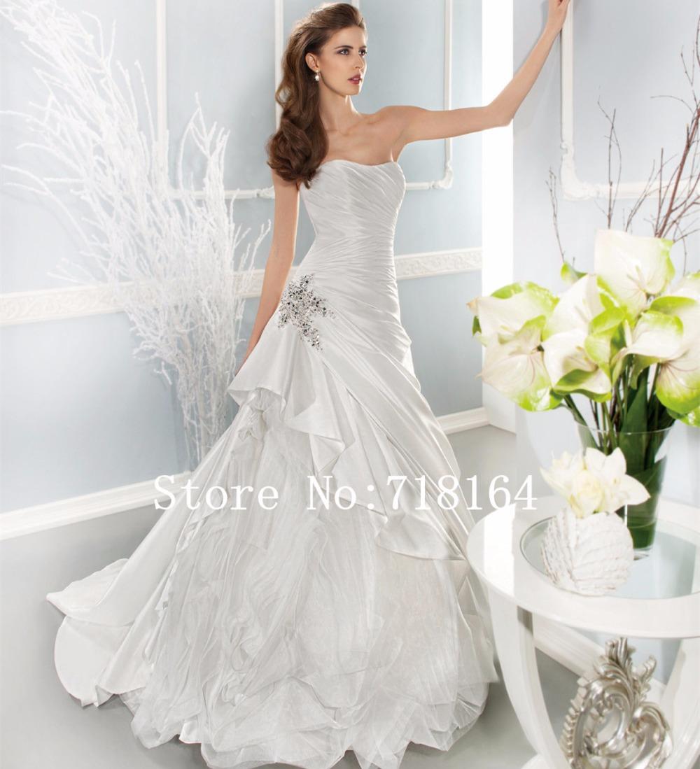Elegant long satin a line strapless wedding dresses 2016 for Strapless dresses for weddings