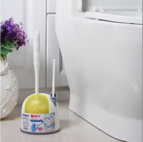 60 cm toilet brush in her ass 10