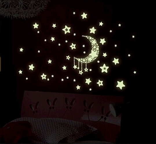 Free shipping 2015new Moon Stars luminous paste stickers fluorescence six kinds of cozy home decor, choose one QT030-Y0013-Y0018