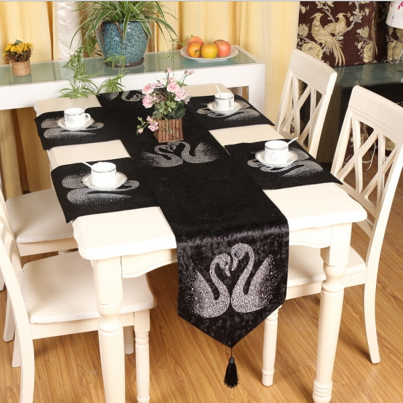 Euro style luxury high-grade velvet table flag hot fix rhinestone swan pattern table runner for wedding/party decoration Q78(China (Mainland))