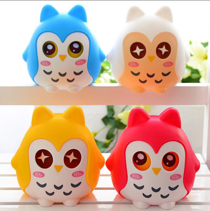 Cratoon creative large children's piggy bank cute owl storage money box plastic savings jar fashion gift coin bank 10*13cm(China (Mainland))