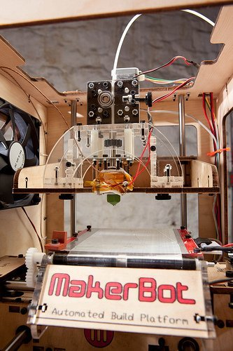 3D Printer open source MakerBot Industries Thing-O-Matic Free shipping