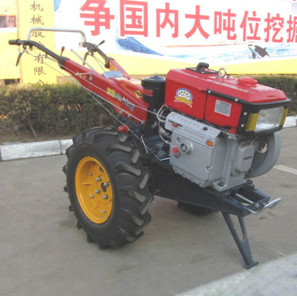 10 HP Small Tractor Cultivator Rotary Cultivator Machine For Irrgate the Fields(China (Mainland))