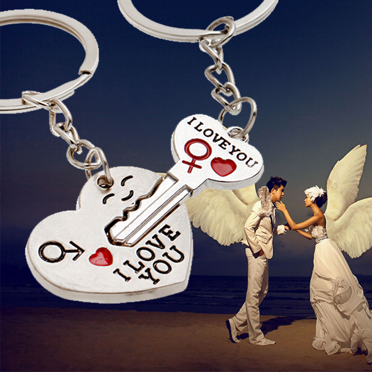 Гаджет  Fashion 2014 couple heart Keychain For Car For Bag For Key Chains Jewelry Wholesale None Ювелирные изделия и часы