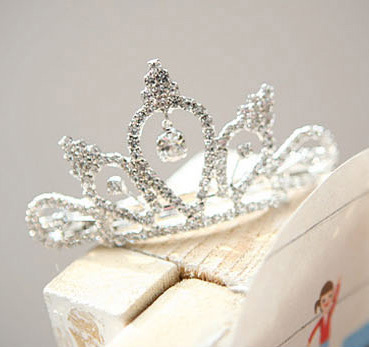HOT Sale Silver Wedding Bridal Tiara Prom Rhinestone Crystal Hair Pin Comb Crown Headband Women Party Jewelry Accessories(China (Mainland))