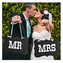 Black Mr Mrs Paperboard+Ribbon Sign Photo Booth Props