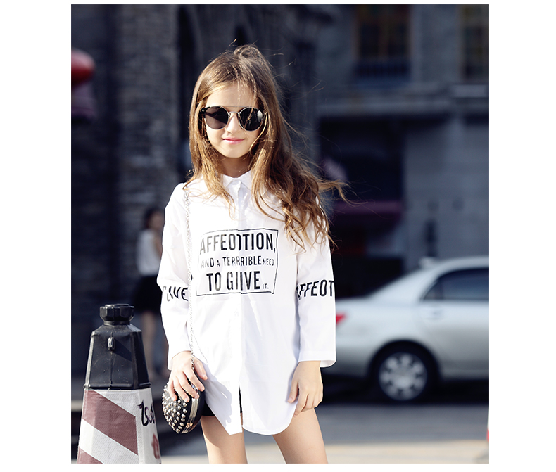 Europe and The United States Wind and White Girl with Long Sleeved Casual Shirt Kids Clothing 2 Colour