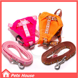 Sale Top Fashion Universal Dog Bed The Best Pet Dog Chest Traction Back Suit Clothes with Leash Harness Collars Lead Chain(China (Mainland))