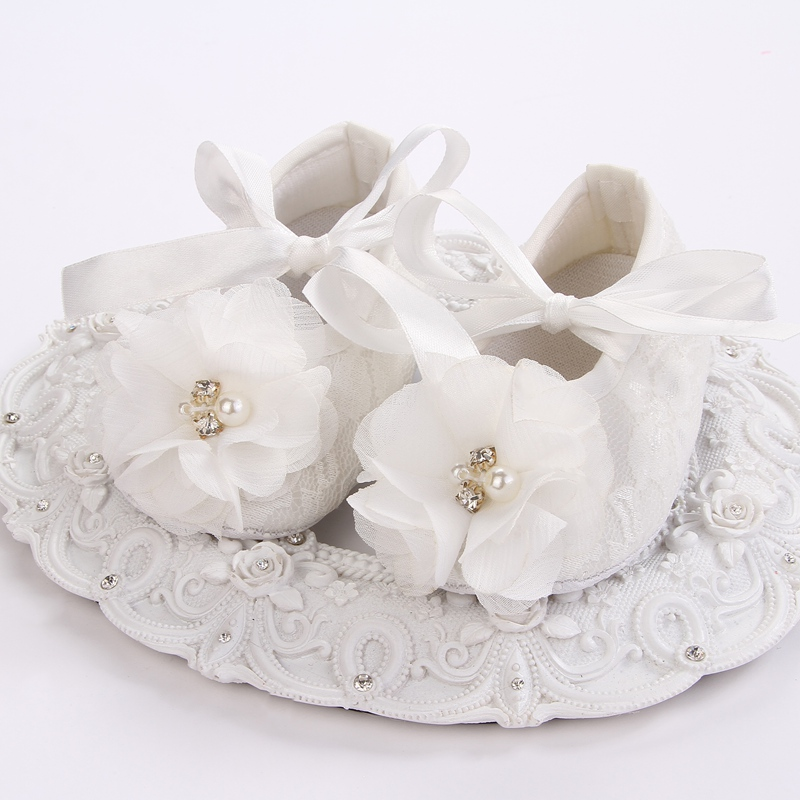 Ivory kids girls shoes,Baby girl Crib slippers shoes flowers pearl sapatinho de menina,Baby christening baptism shoes #4Y0123(China (Mainland))