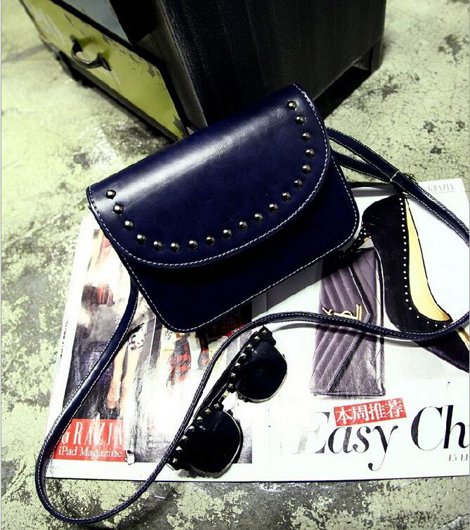 2015 New Rivet Bolsa Feminina Vintage Evening Women Bag PU Leather Handbags Cellphone Make Up Bolsa Korean Handbag Ladies(China (Mainland))