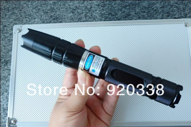 laser pointers- 450nm 50000MW 50W Super Blue Laser Pointers Flashlight Combustion Lgnition / Cutting /Irradiate Irradiatelaser(China (Mainland))
