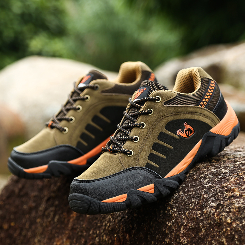 New Arrival Walking Shoes for Men and Women Outdoor Shoes Genuine Leather Walking Shoes Brand Waterproof Climbing Shoes(China (Mainland))