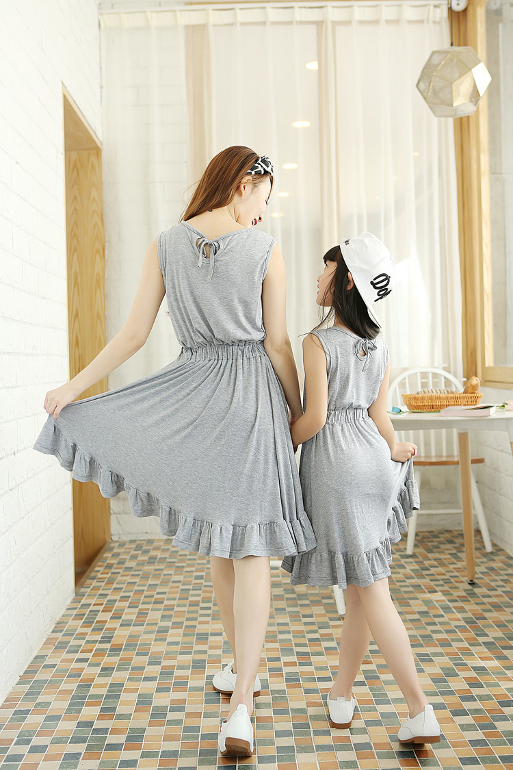 2015 Summer Mother &amp; Daughter Cotton Knitted Slim Waist Dress Family Princess Solid Color Sleeveless Dress<br><br>Aliexpress