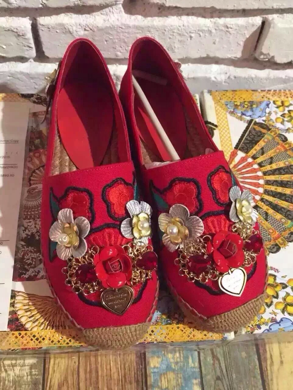 Women Red sheepskin  2016 spring section single shoes wind crown embroidery Pearl Flower rubber sole <br><br>Aliexpress