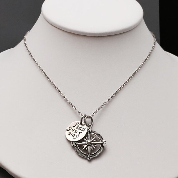 """FHD029 2016 New Arrive Fashionable compass necklace Best Gift """"back to me"""" and """"find your way """"word necklace Free Shipping(China (Mainland))"""