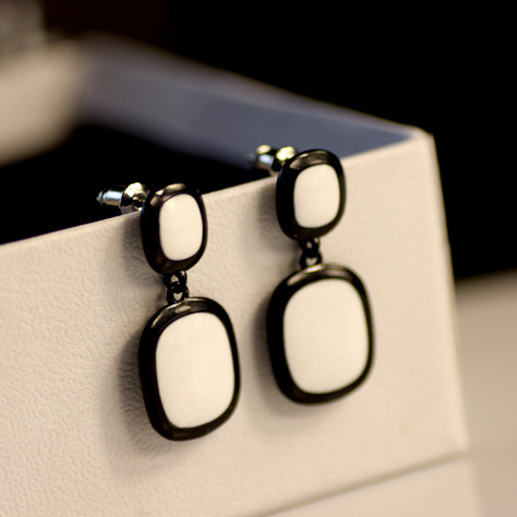 Simple black and white square 2015 Fashion Jewelry Statement Wedding Party Brincos grandes Stud Earrings for women 803062(China (Mainland))