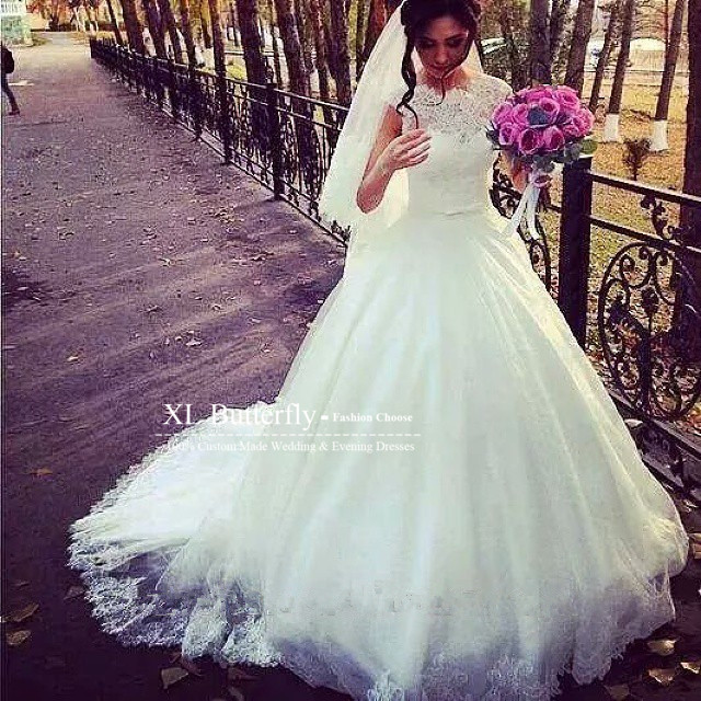 White Lace Wedding Dresses 2016 Beaded Applique Cap Sleeves Puffy Ball Gown Wedding Dress Long