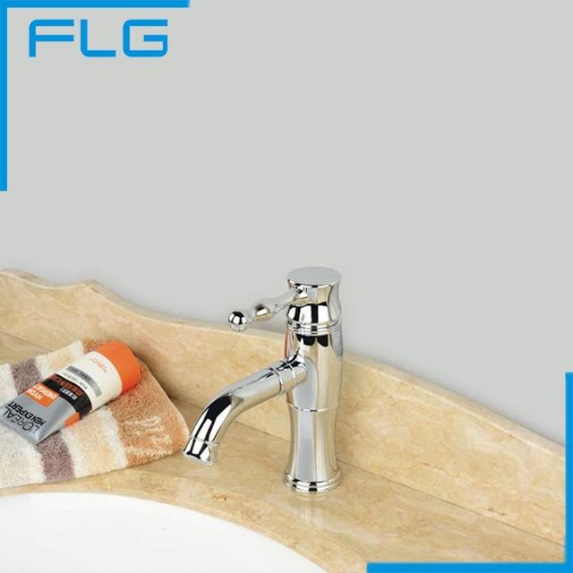 Chrome Single Handle Sink Bathroom Faucet Basin Water Tap Deck Mounted Single Hole Torneira Banheiro