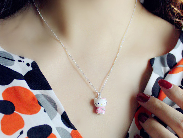 Silver Plated Trendy Heart Rihanna Classic Hello Kitty Necklace Lady bijoux Love Wedding Pendant Necklace For Woman jewelry